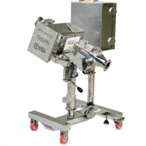Integreeritud pesusüsteemiga farmaatseutiline detektorsüsteem